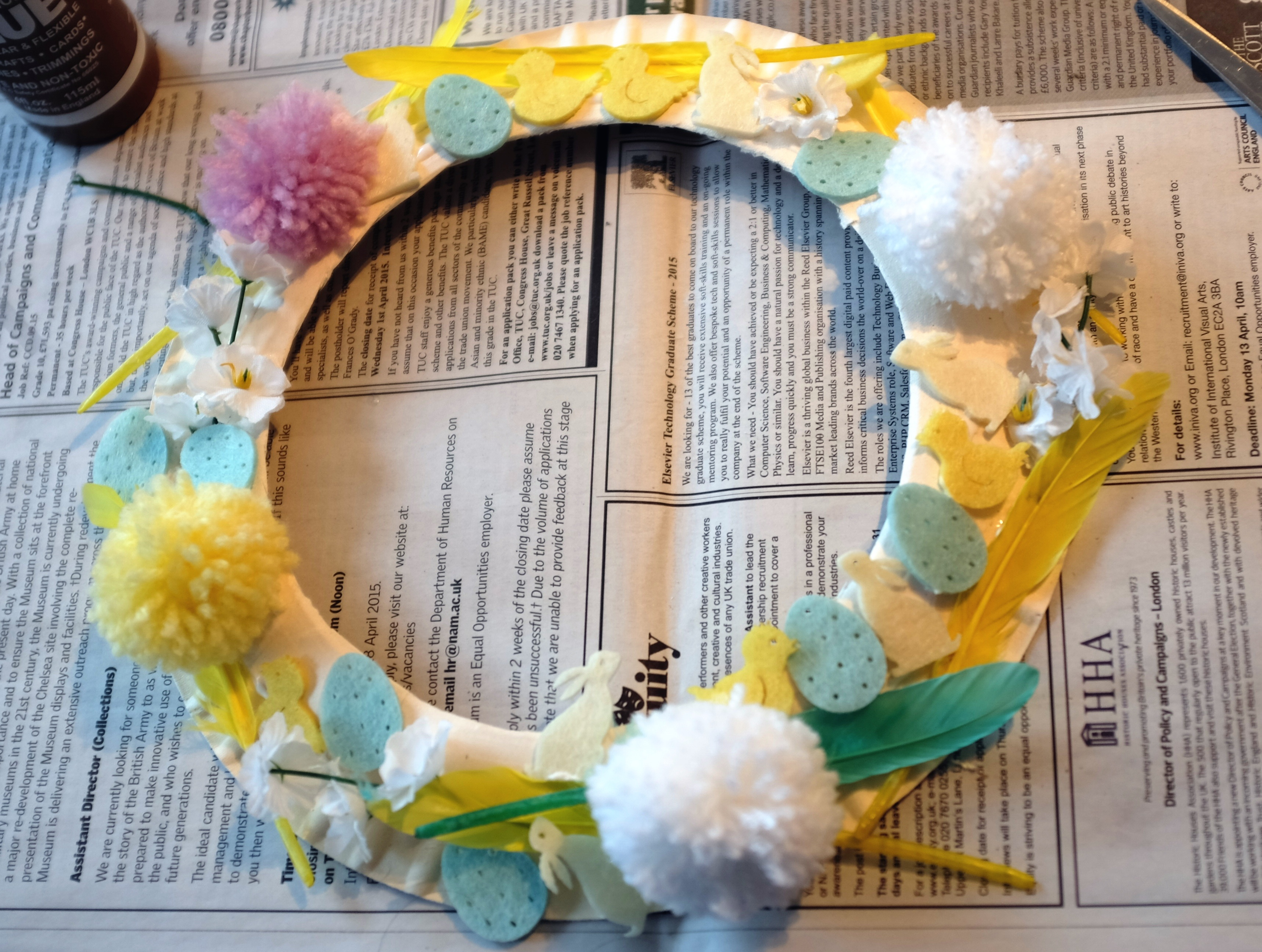 Children S Crafts Make Your Own Easter Garland