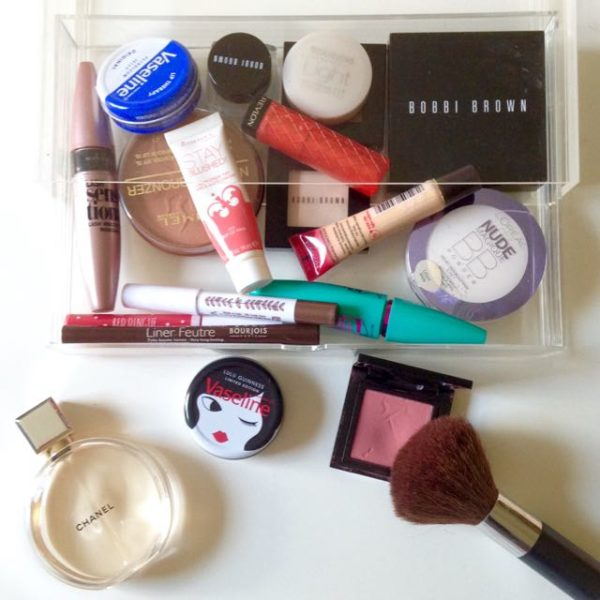 Tidy makeup with Muji tray