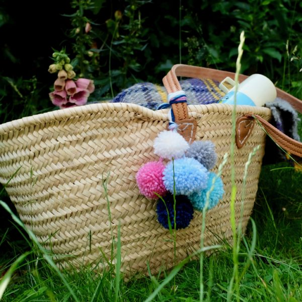 Make your own pompom accessories