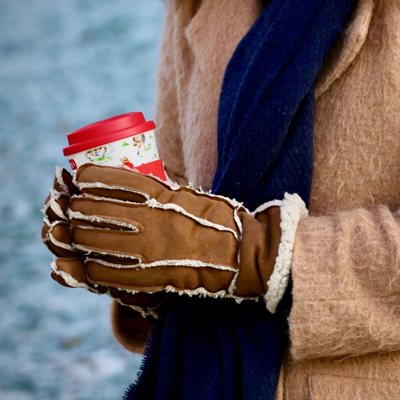 Take a hot drink out with you in winter