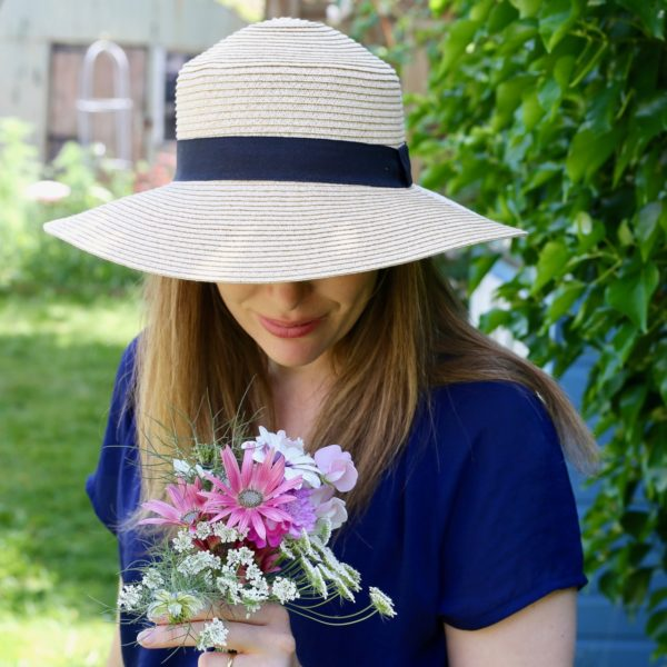 Sunhat and flowers