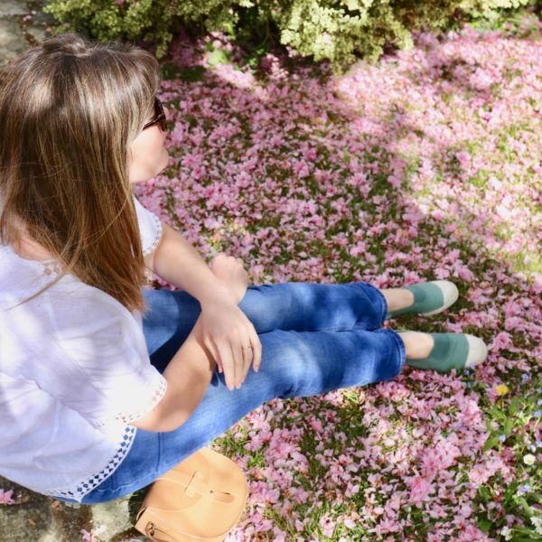 Simple linen top and jeans plus cherry blossom
