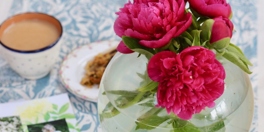 Peonies, tea and cake